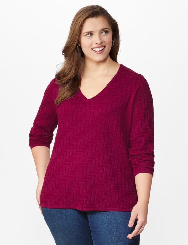 The Roz & Ali Everyday Pullover - Plus - Night Sangria - Front