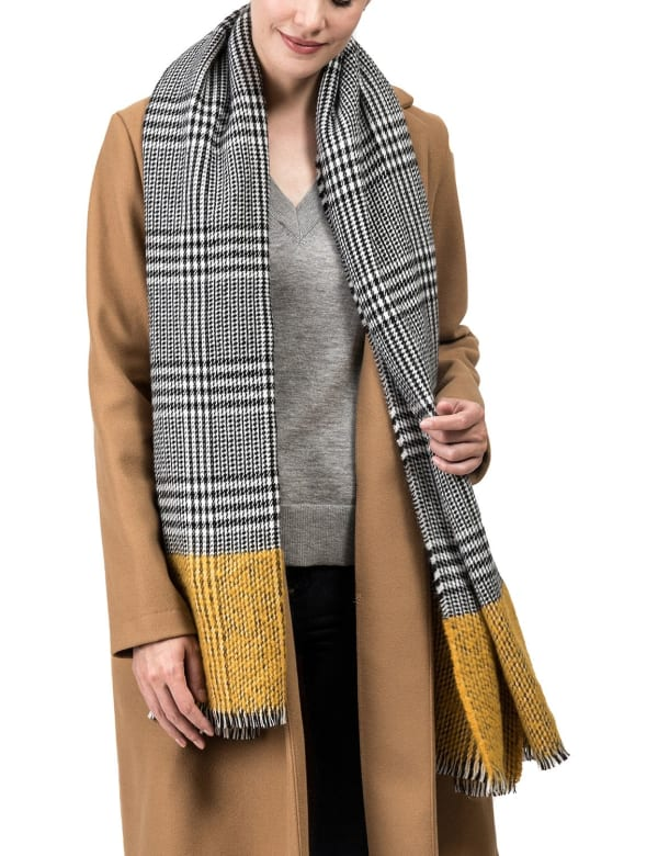 Scarf with Fringes - Yellow / Grey - Front