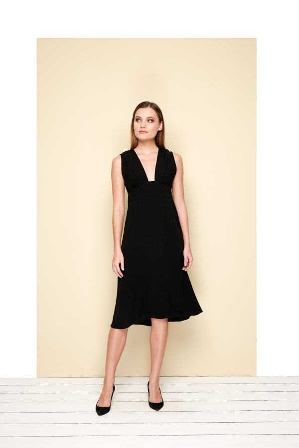 Melina  V-square Dress - Black - Front