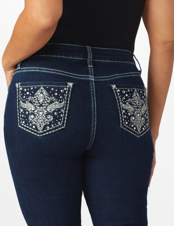 Westport Signature 5 pocket Bootcut Jean with Fleur-de-lis Pattern Bling Back Pocket - Misses - Rinse - Front