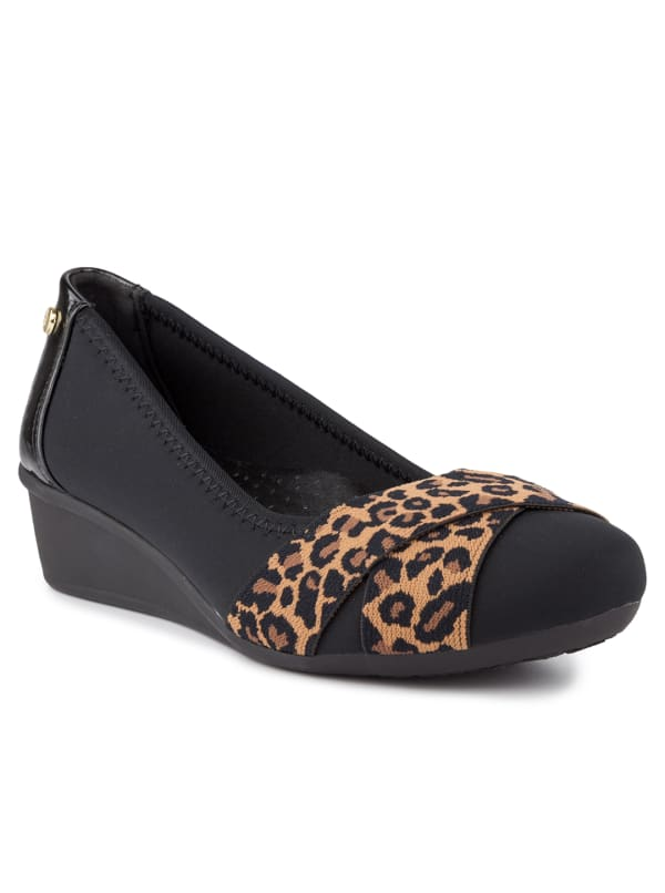 Carina Slip On Wedge - Black / Leopard Neoprene - Front