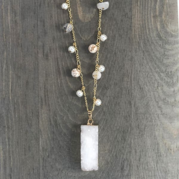 Snow Beaded Crystals Necklace