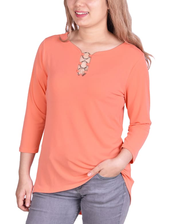 3/4 Sleeve Crepe Top With 3 Rings