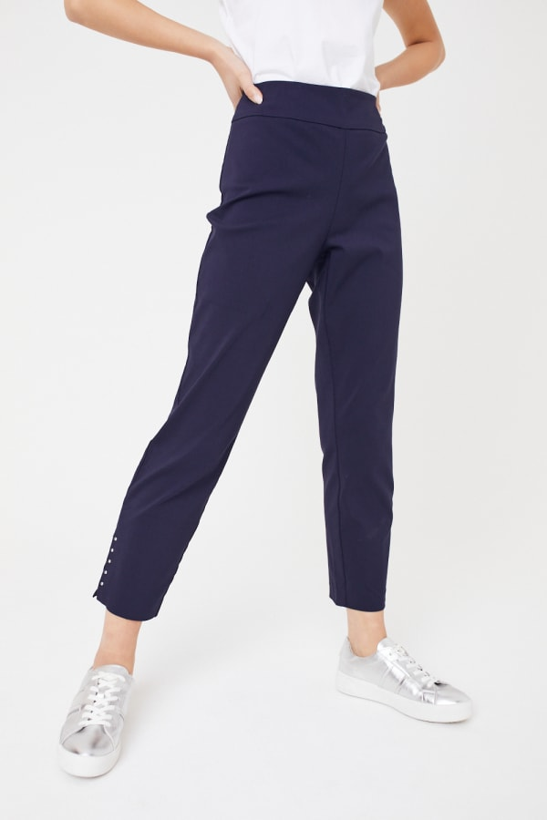 Roz & Ali Solid Superstretch Tummy Panel Pull On Ankle Pants With Rivet Trim Bottom