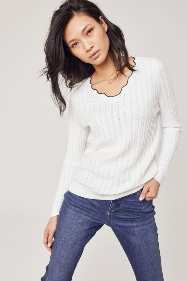 Roz & Ali Textured Scallop Trim Pullover Sweater - White - Front