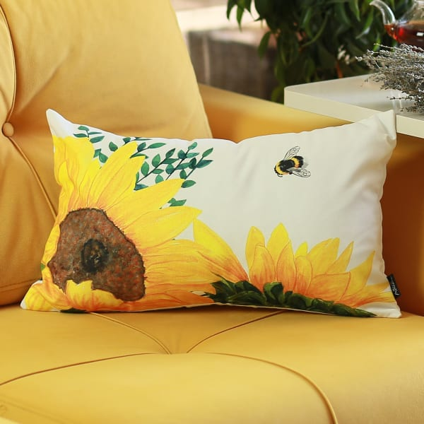 """Set of 2 20"""" Sunflower Bee Lumbar Pillow Cover in Multicolor"""