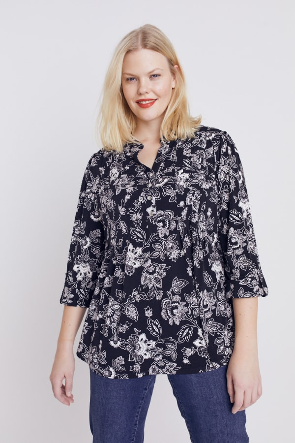 Black And White Floral Pintuck Popover - Plus