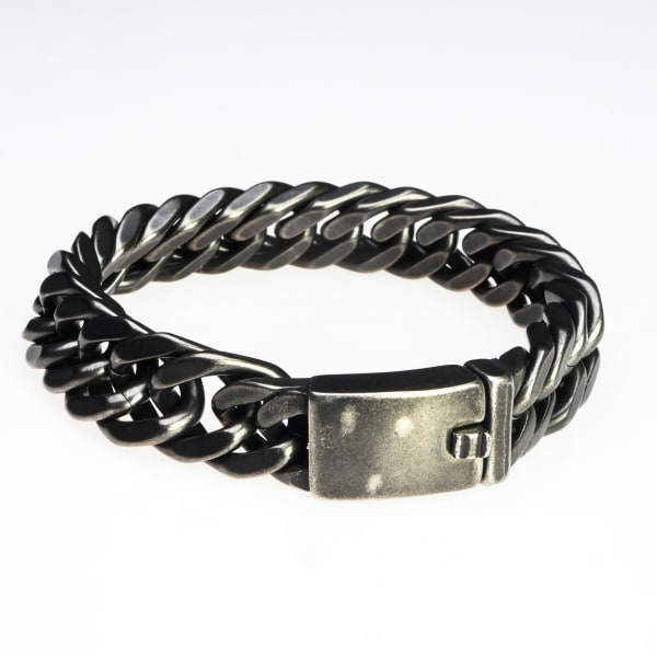 Dell Arte by Jean Claude The 9 - Inch Bracelet Secures With A Snap-lock Clasp Chain Width - 15 Millimetres.