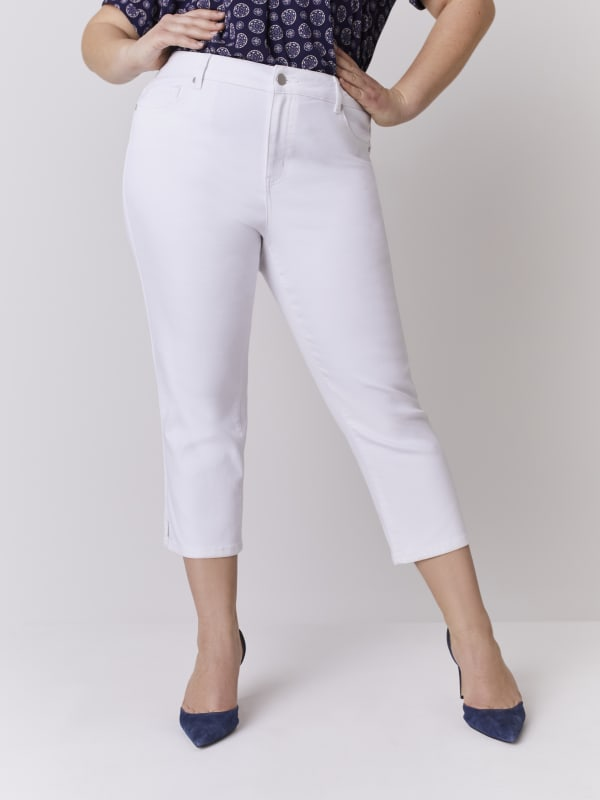 Westport  Signature 5 Pocket Capri With Side Slit - Plus - Optic White - Front