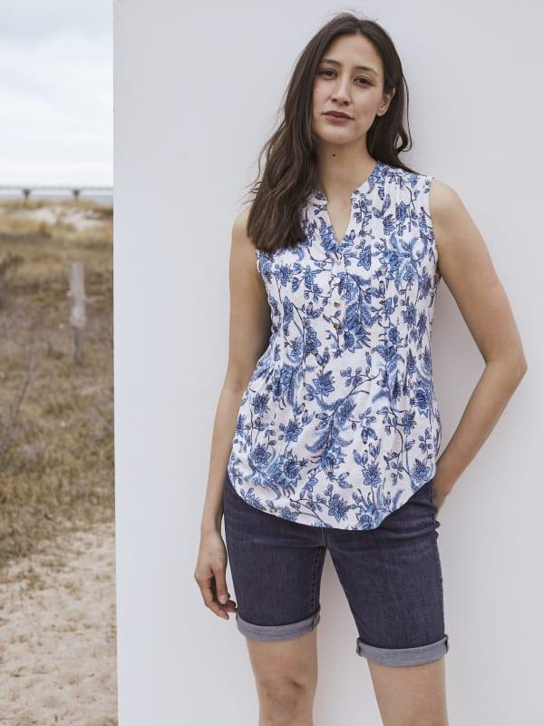 Roz & Ali Bijoux Blue Floral Jacquard Popover - Taupe/Blue - Front