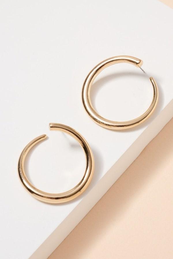 Curved Metal Open Hoop Earrings
