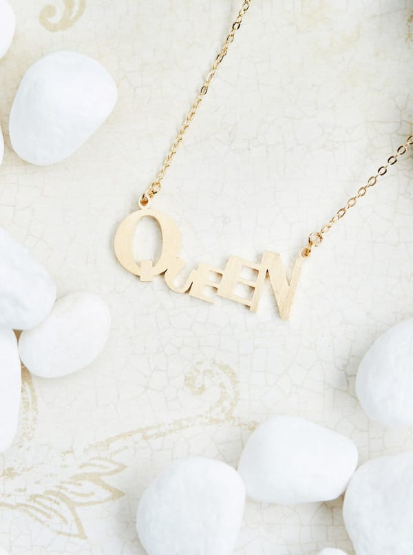 14k Gold Plated Queen Pendant Necklace