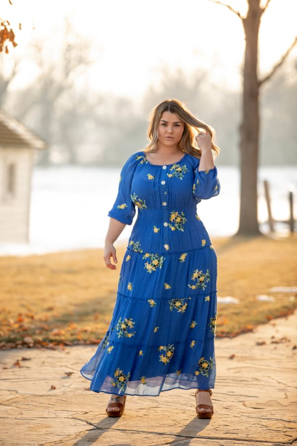 Royal Embroidered Texture Peasant Dress - Plus