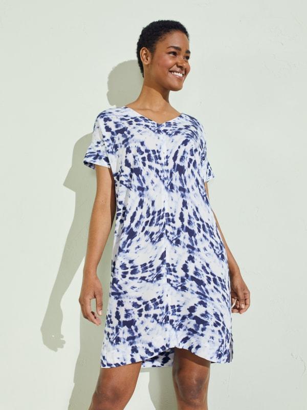 Short Sleeve V-Neck Shift Dress