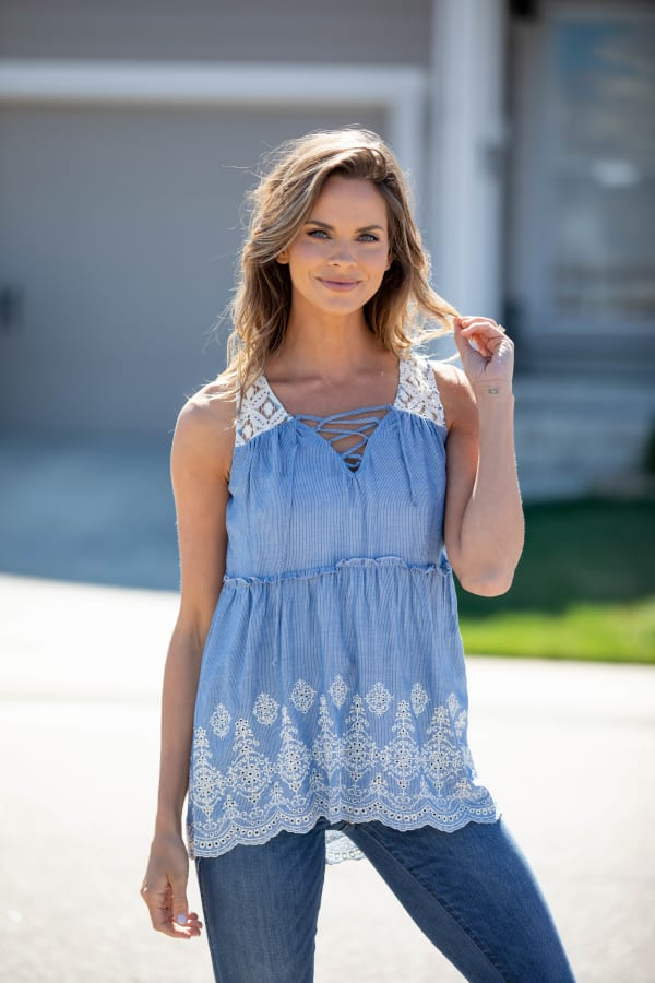 Sleeveless Embroidered Lace Up Blouse