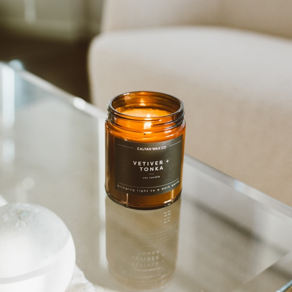 Amber Jar Soy Vetiver and Tonka Candle