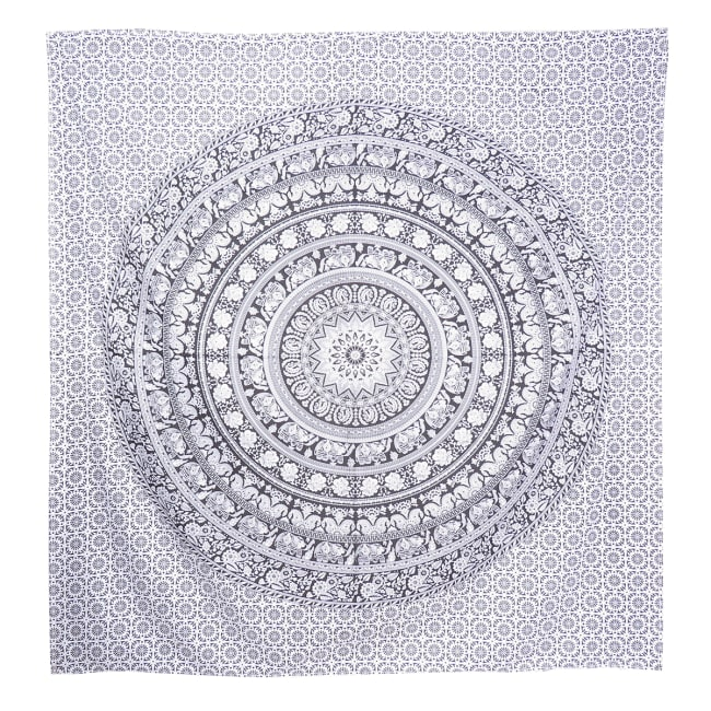 Black And White Queen Tapestry