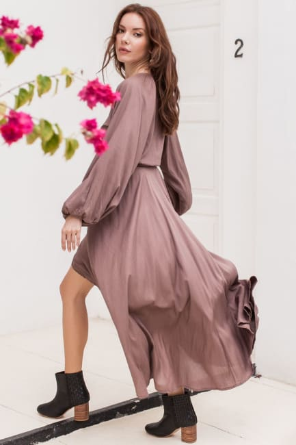 Linda V-Neck Dress