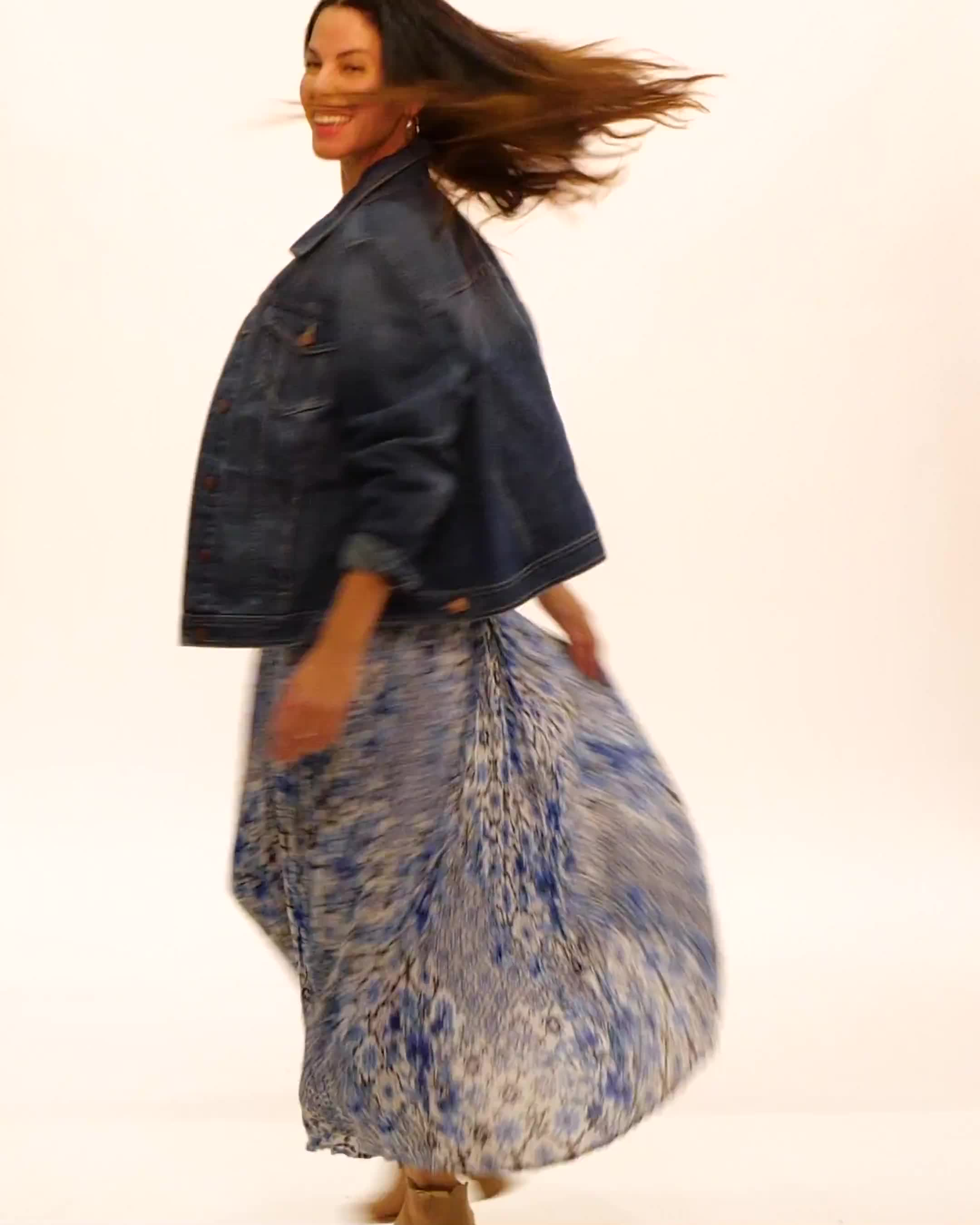 Crinkle Pleated Floral Skirt - Video