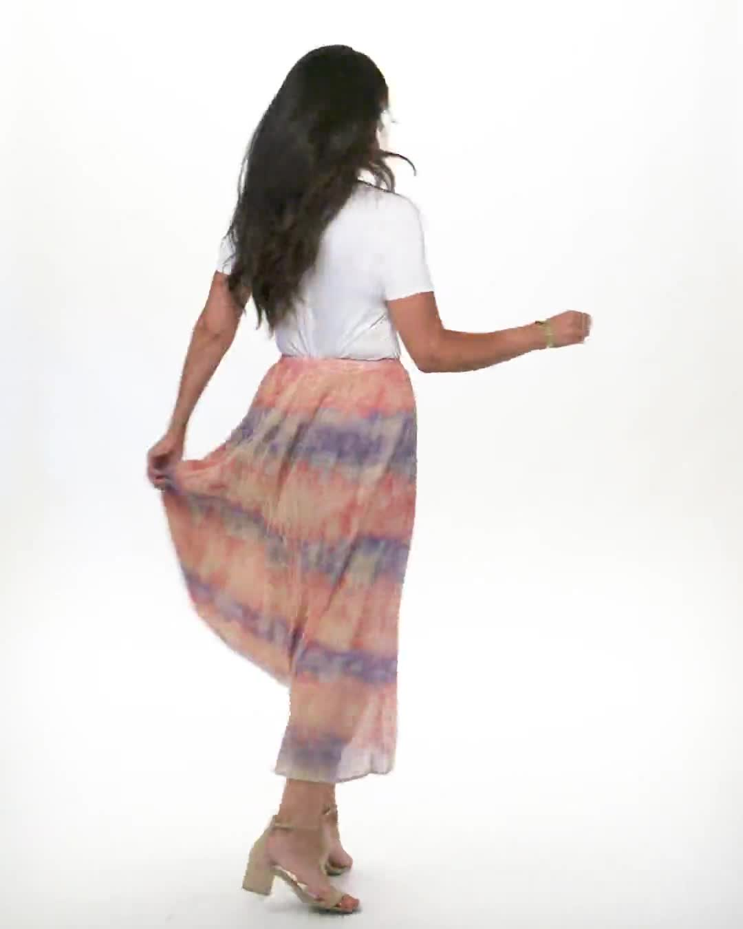 Pull On Crinkle Skirt - Video