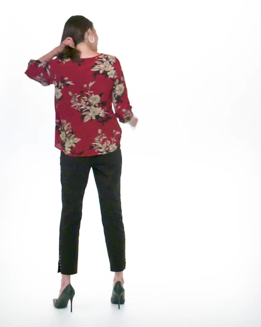Roz & Ali Floral Crepe Texture Knot Blouse - Video
