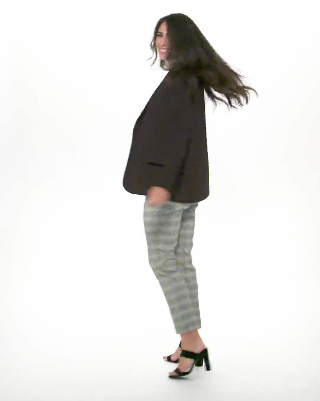 Roz & Ali Yarn Dye Plaid Pull On Waist Ankle Pant - Misses - Video