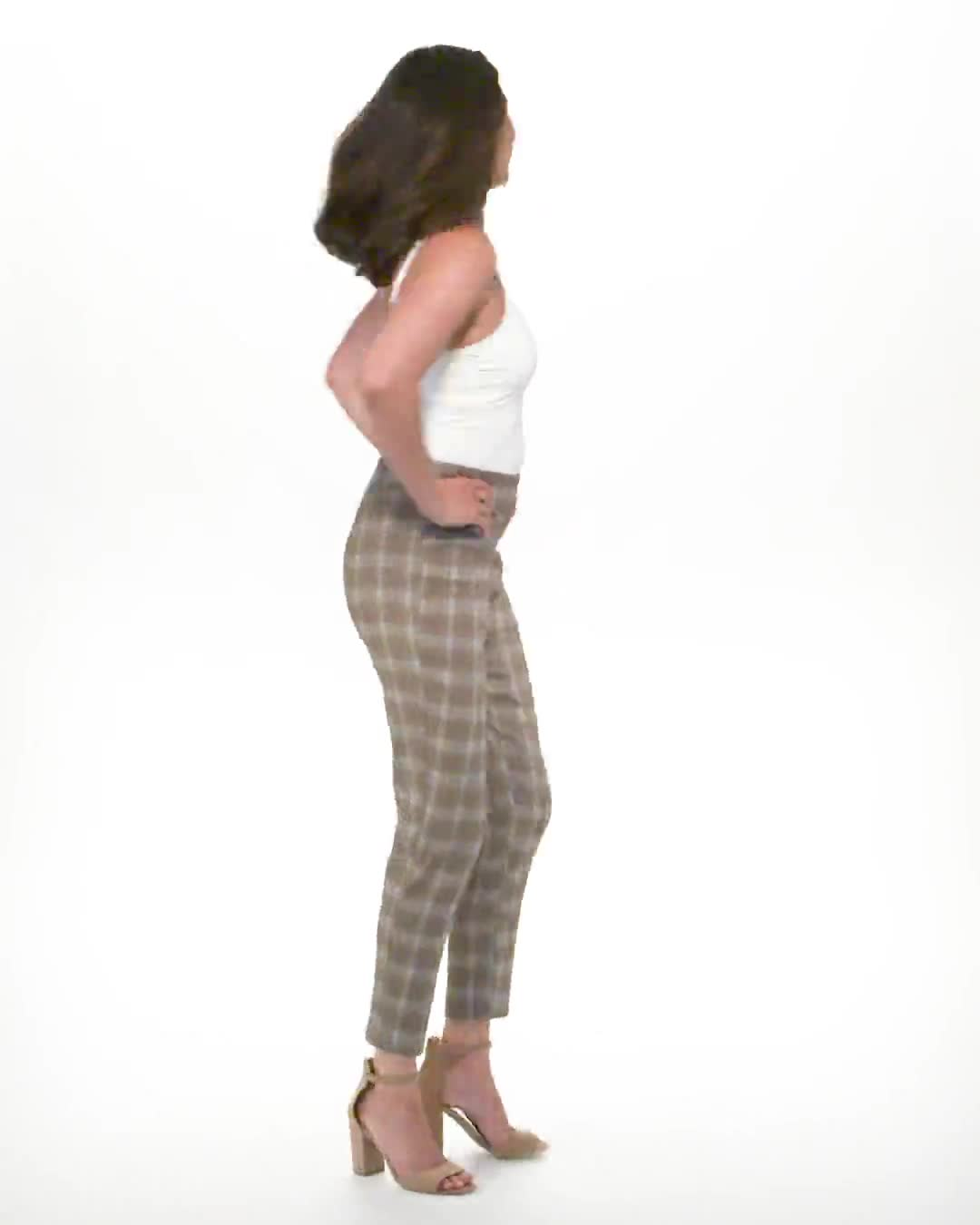 Roz & Ali Yarn Dye Plaid Pull On Waist Ankle Pant - Video