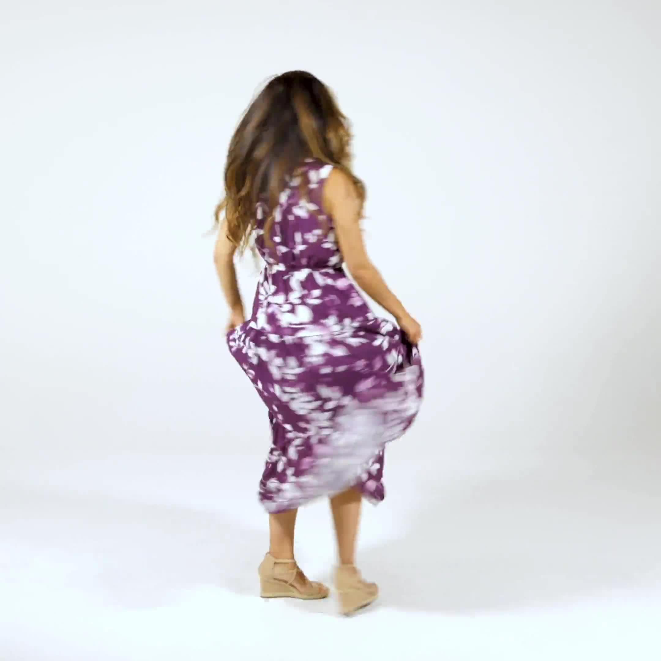 Leaf Print Tiered Maxi Dress - Video