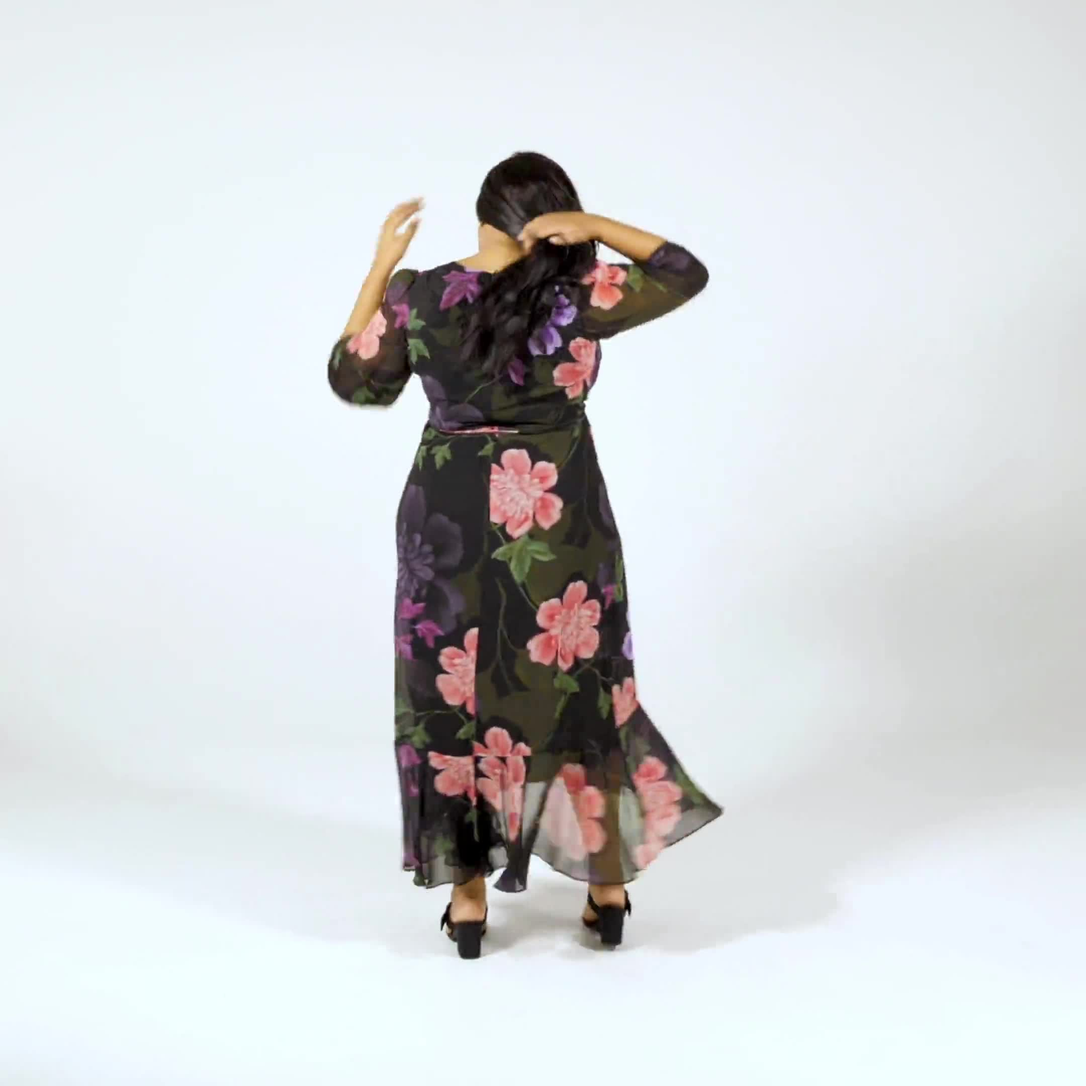Large Floral Ruffle Dress - Plus - Video
