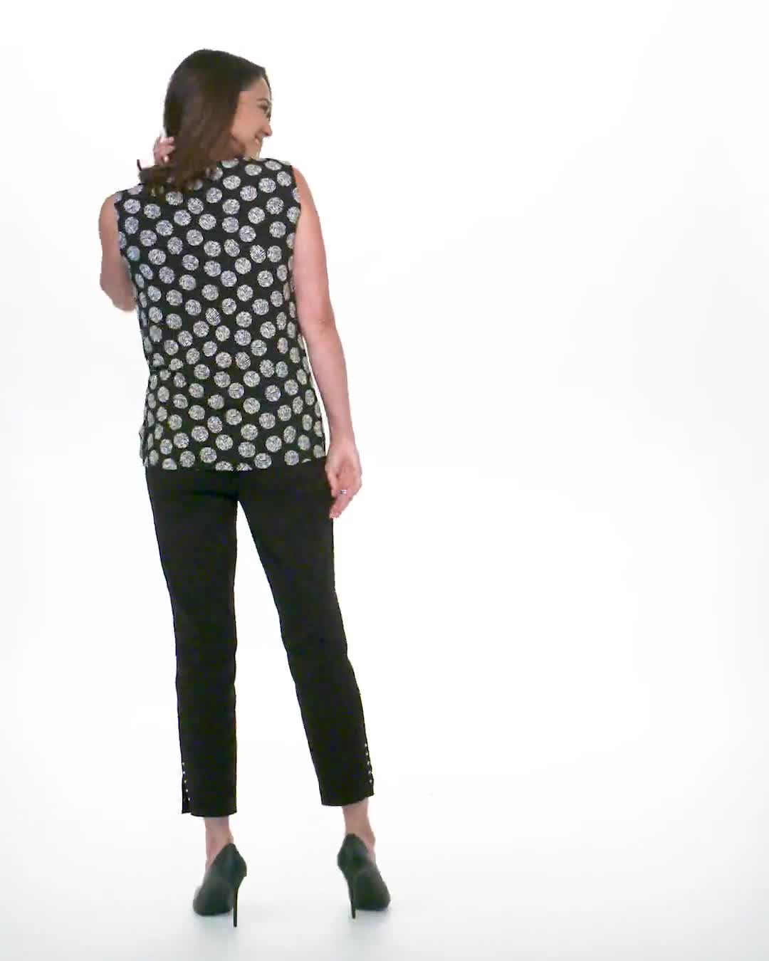 Sleeveless Geo Puff Print Knot Front Top - Video