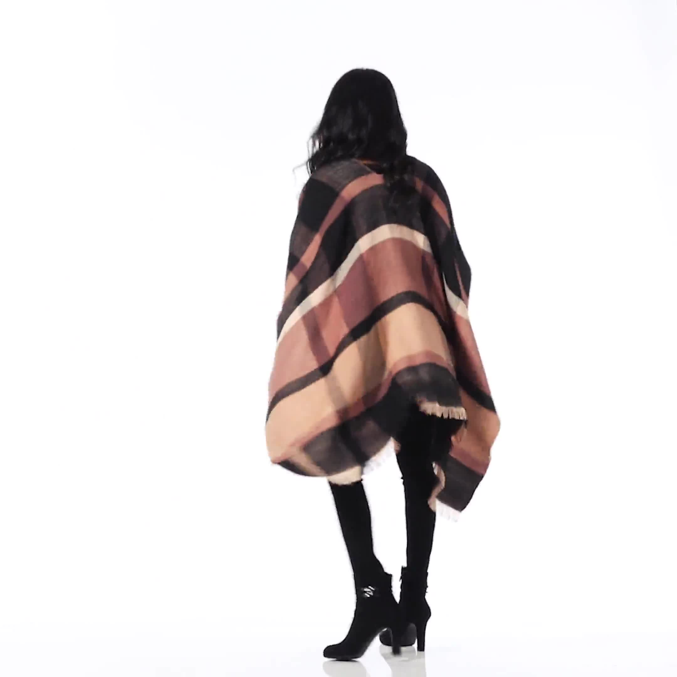 6 Ways to Wear Plaid Ruana - Video