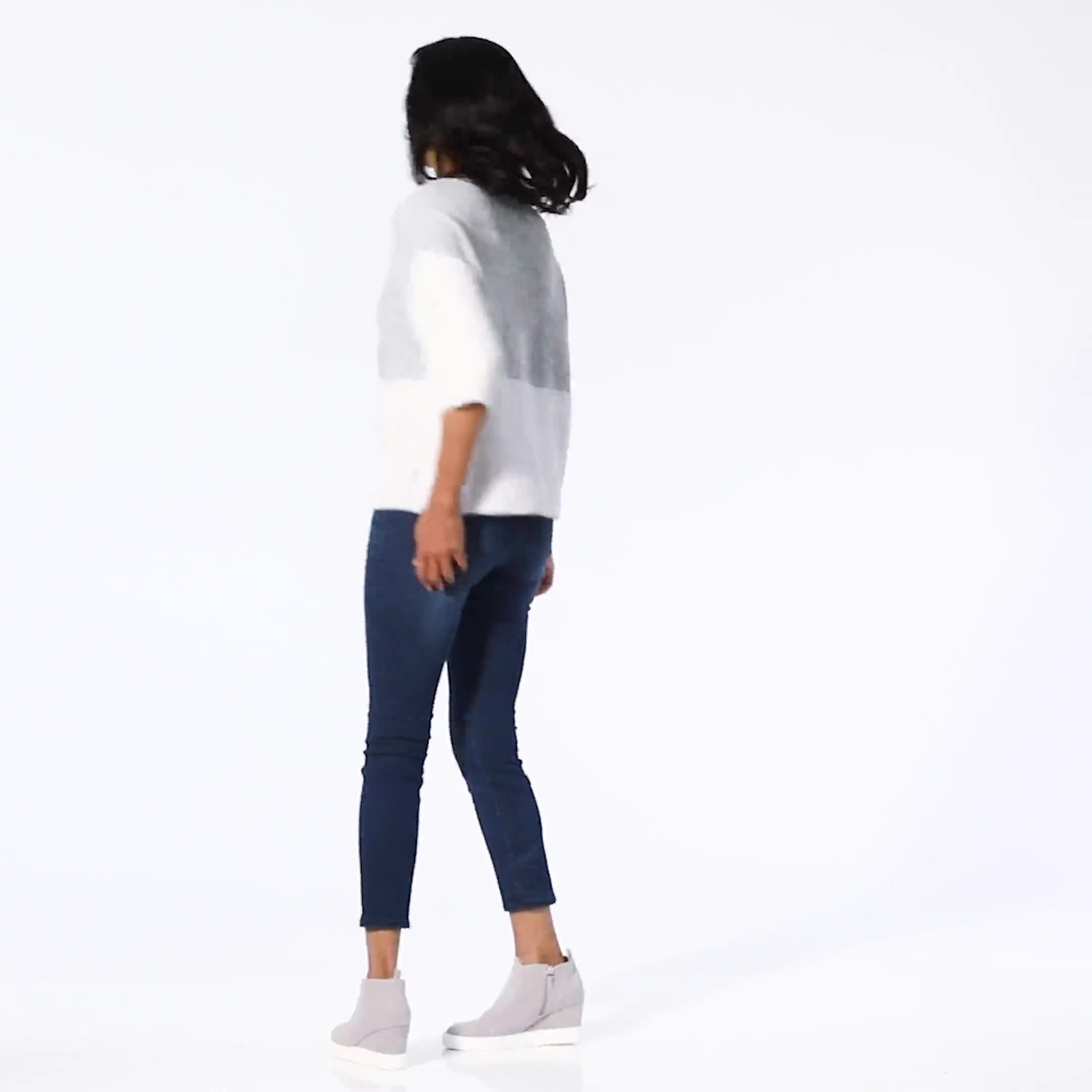Colorblock Eyelash Pullover Sweater - Video