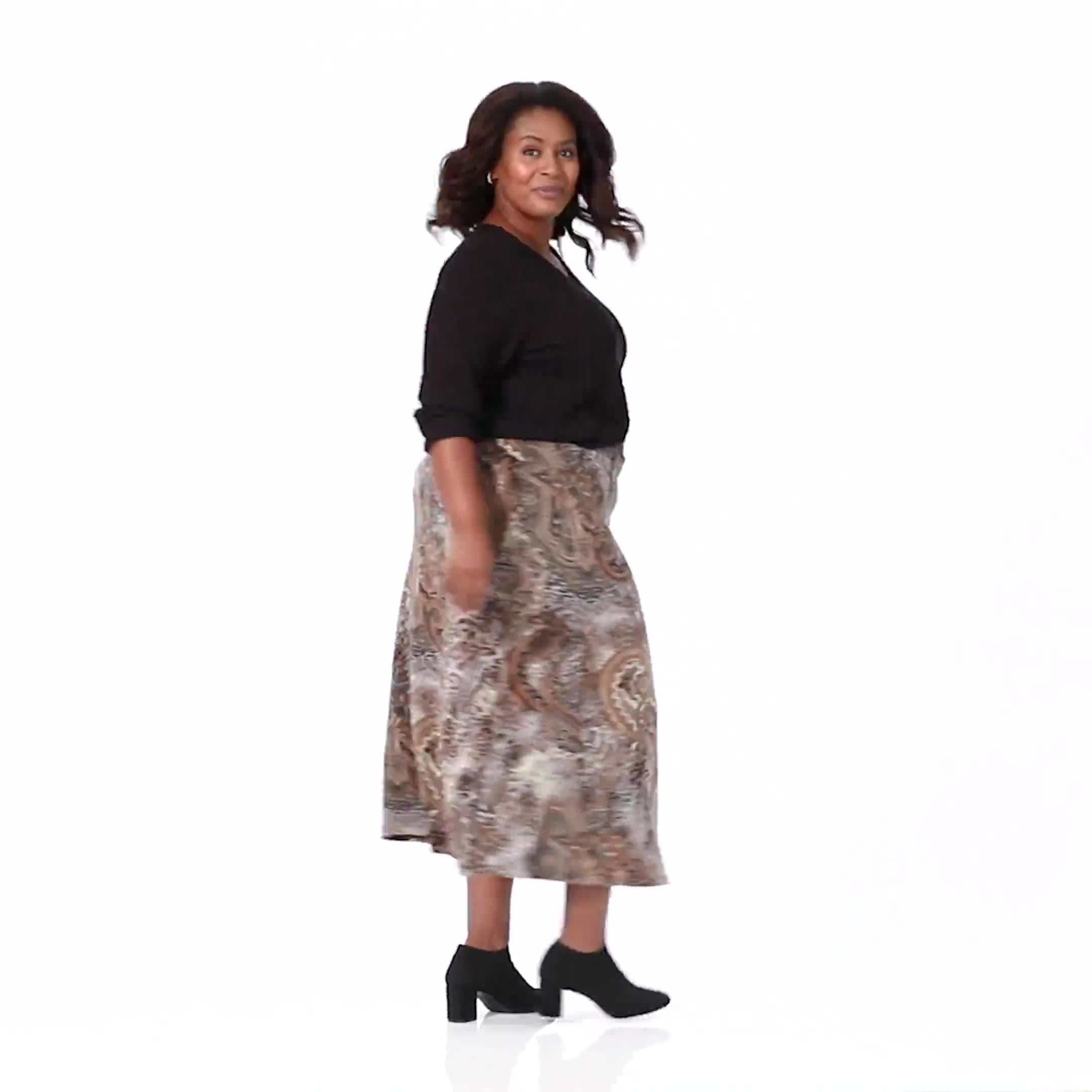 Plus Roz & Ali Printed Hacci A-Line Maxi Skirt - Video