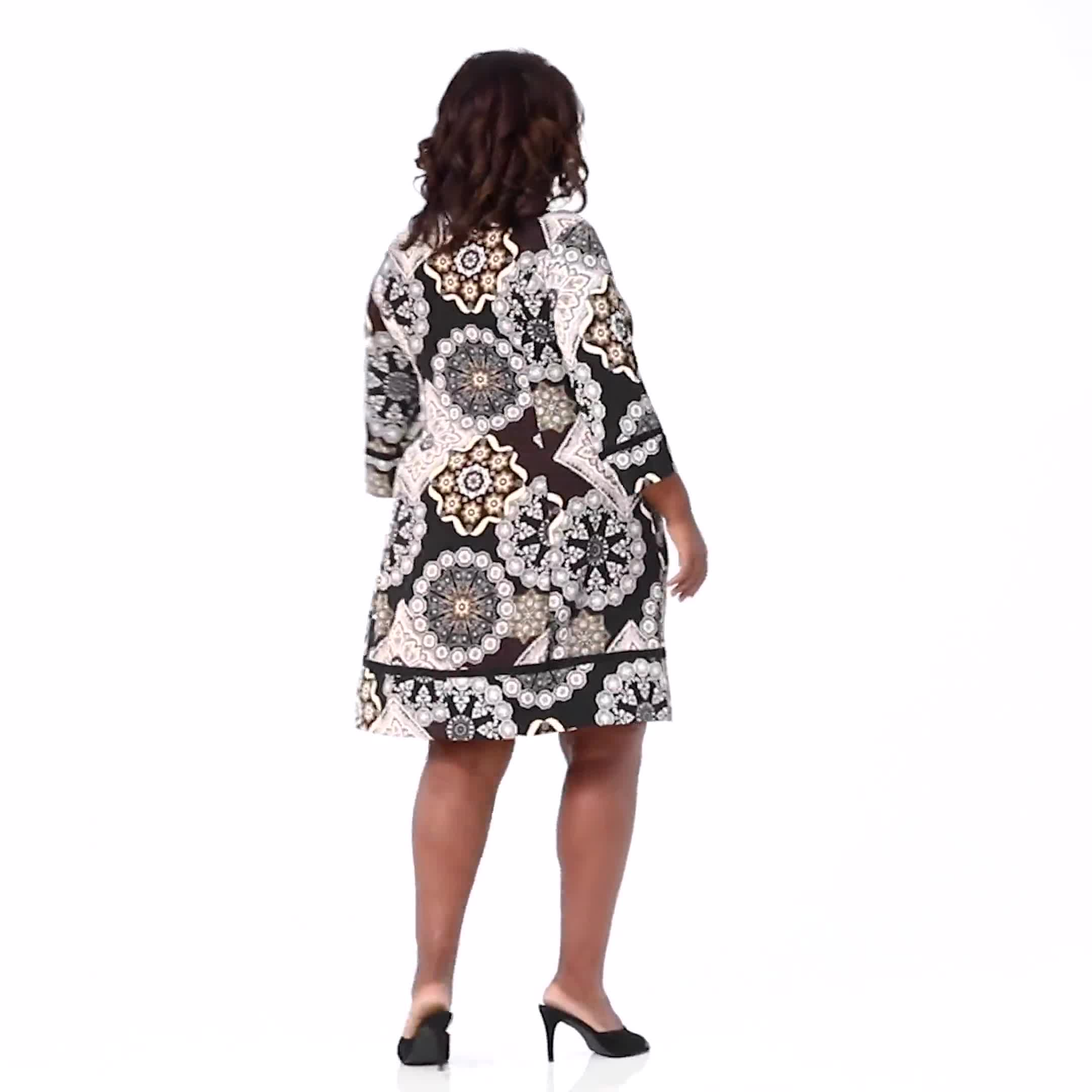 Medallion Two Pocket Dress - Plus - Video