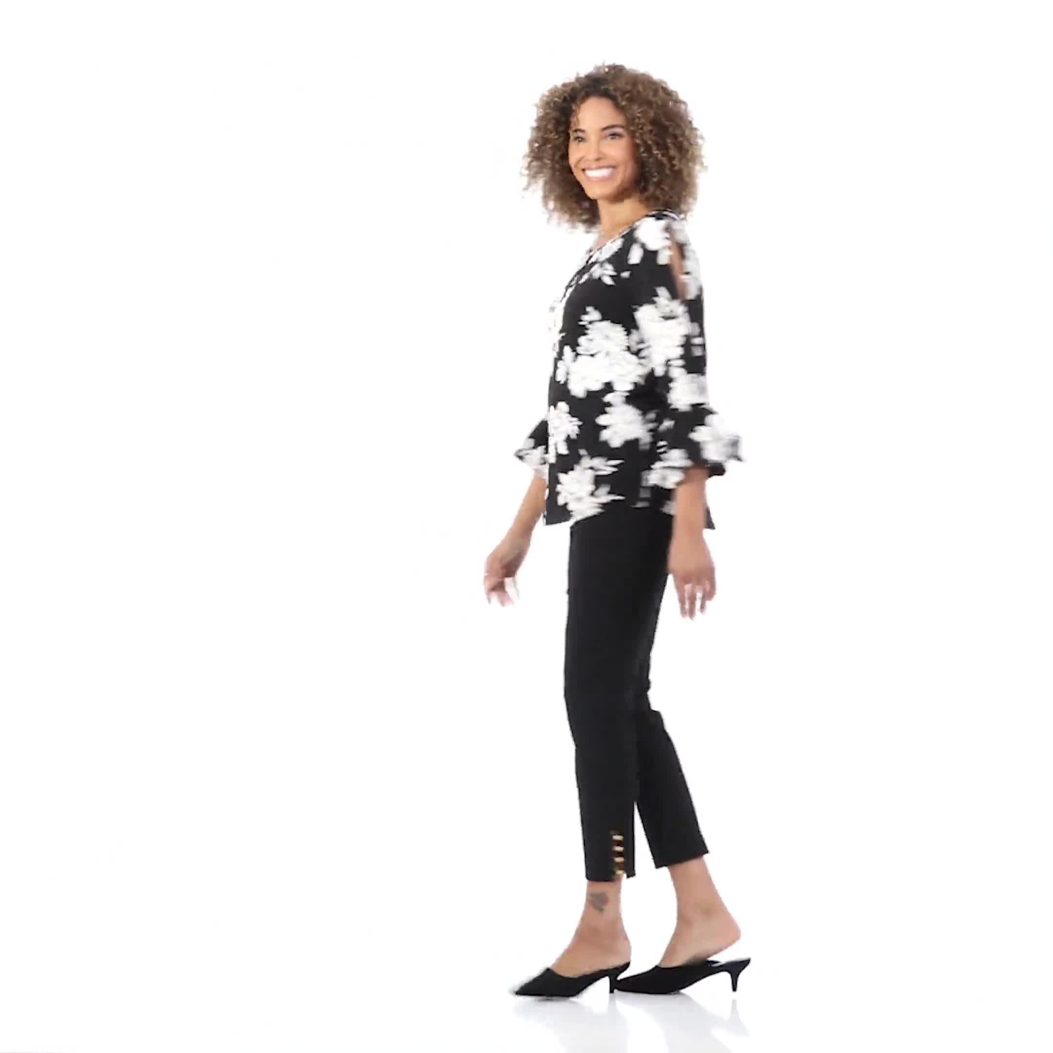 Roz & Ali Gold Foil Floral Knit Top - Video