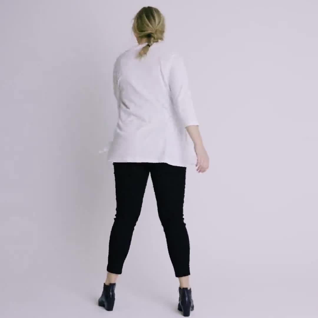 Roz & Ali 3/4 Sleeve Scallop Trim Cardigan - Plus - Video