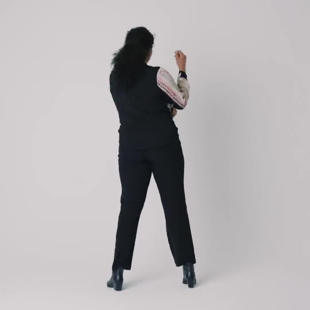 Roz & Ali Placement Print Blouse - Plus - Video