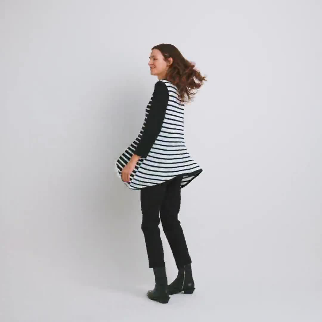 Roz & Ali Contrast Stripe Sweater - Video
