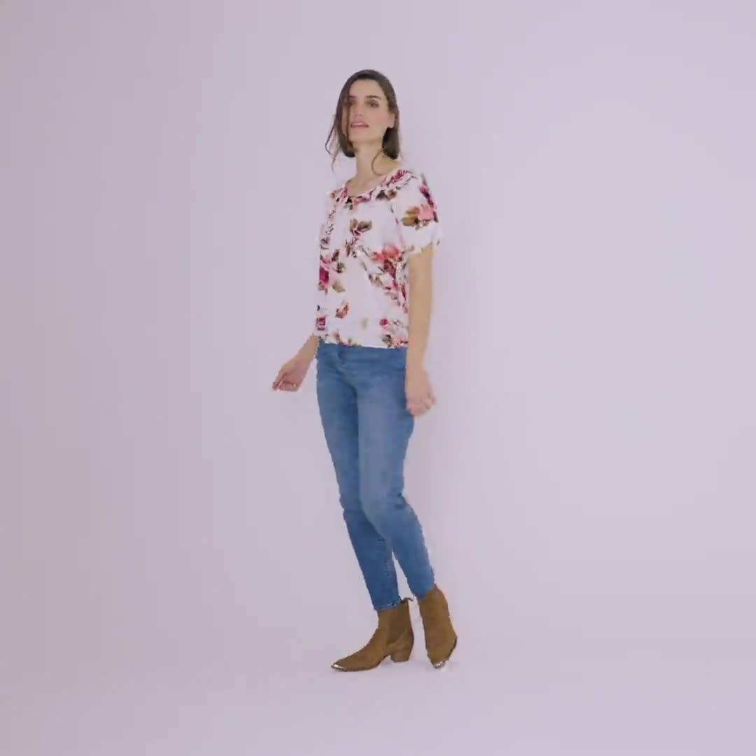 Roz & Ali Floral Pleat Neck Bubble Hem Blouse - Video