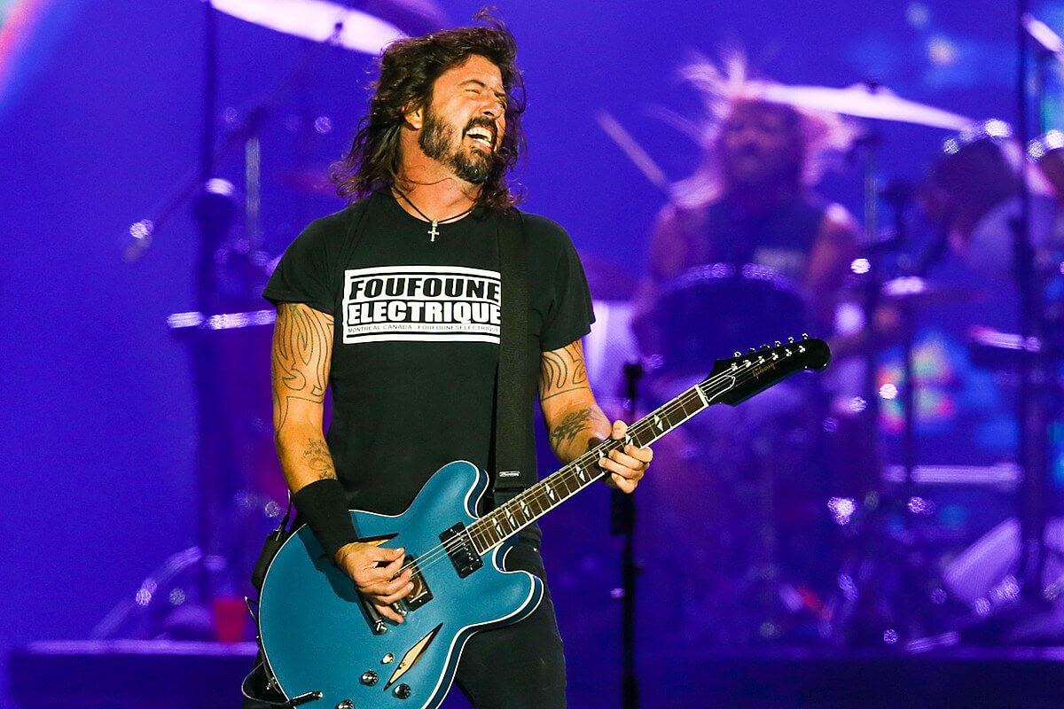 """Dave Grohl - Foo Fighters - """"You Should Be Dancing"""""""