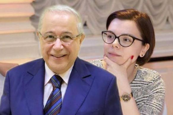 Молодая супруга Петросяна выложила в Инстаграм интимный снимок