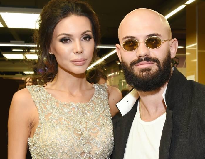 «До слез»: поклонники поддержали объявившую о разводе Самойлову