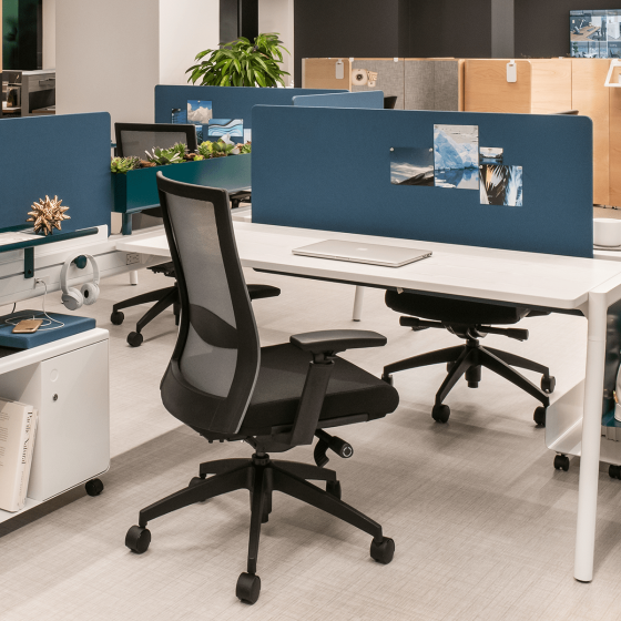 20190607_Inscape_Yonge Task Chair_Hero Image