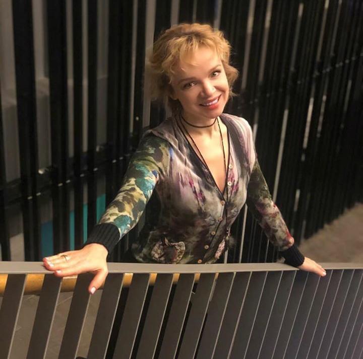 Цымбалюк-Романовская вспомнила о драке с Норкиной во время съёмок передачи «Пусть говорят»