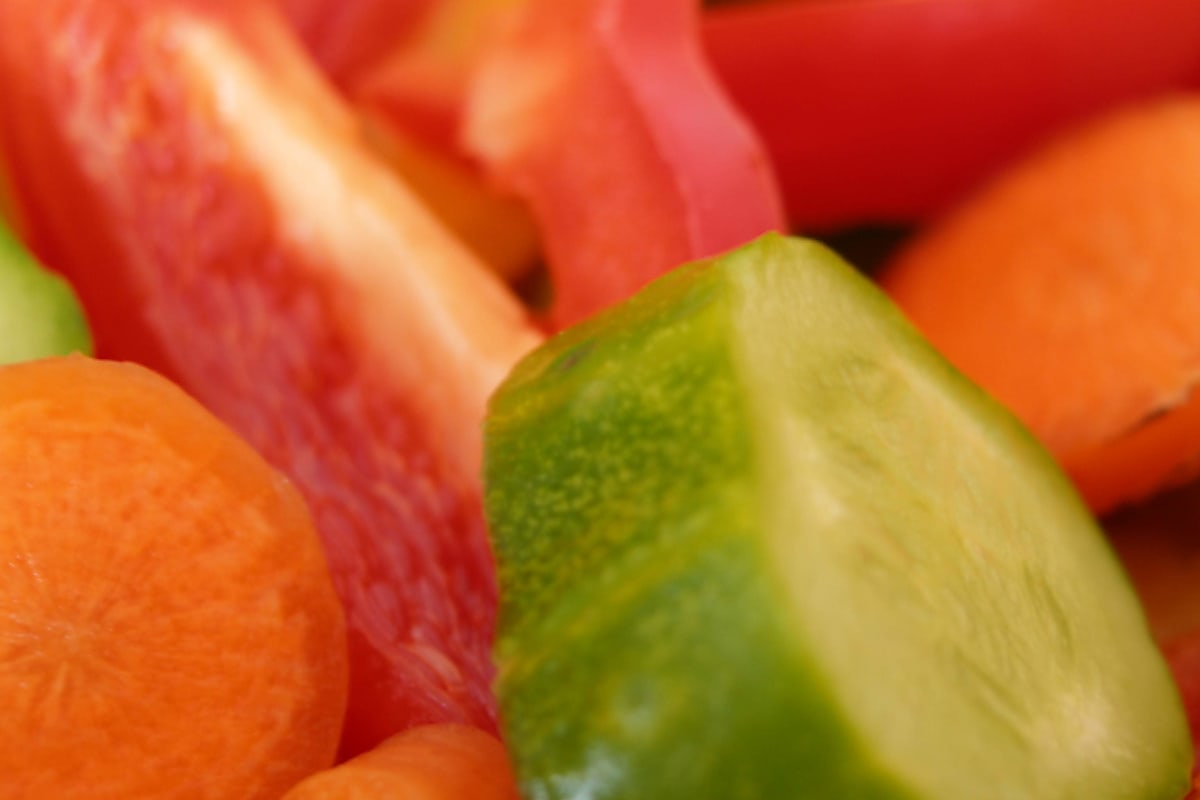 Macro view of various kinds of vegetables. Image by Martin Pausar.