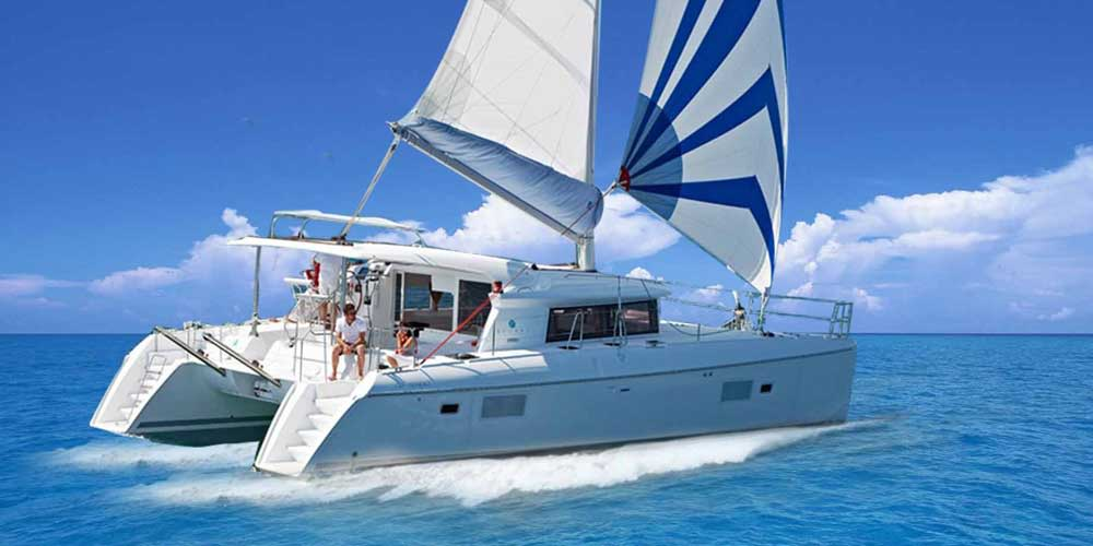 Catamaran Cruise with Sharing Transfers