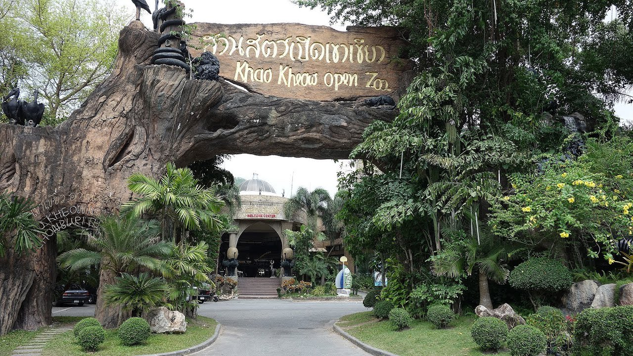 Khao Kheow Open Zoo