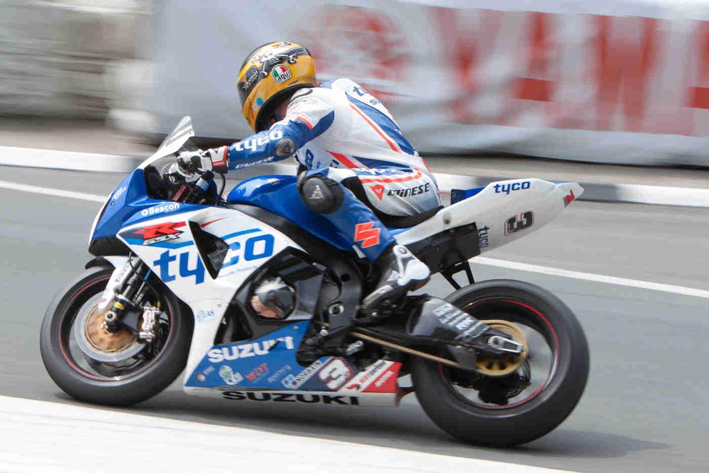 Dainese Superbike TT - 2012 #3. Guy Martin