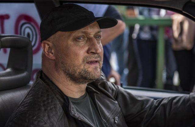 «Предложил заехать в отель на полчасика»: TikTok-блогер обвинила Гошу Куценко в домогательствах. Рассказываем, что ответил актер