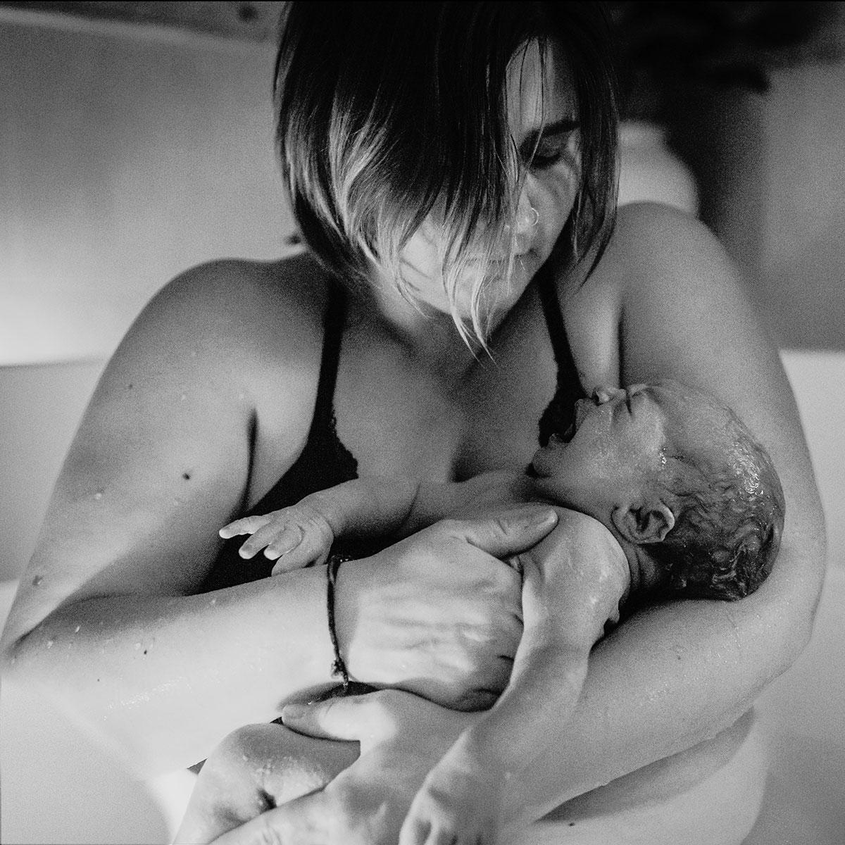 newborn baby photography born at Andaluz waterbirth center in Portland, Oregon